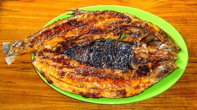 Hasil gambar untuk Ikan Bakar Bumbu Makasar