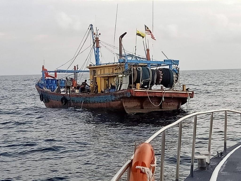 Kapal pencuri ikan asal Malaysia (Foto: KKP)