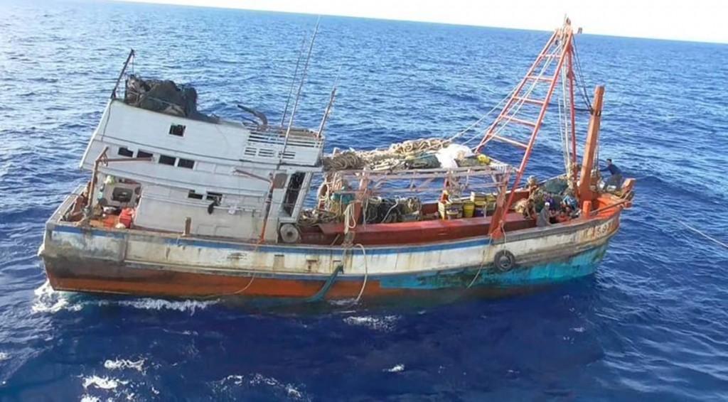 Kapal pencuri2